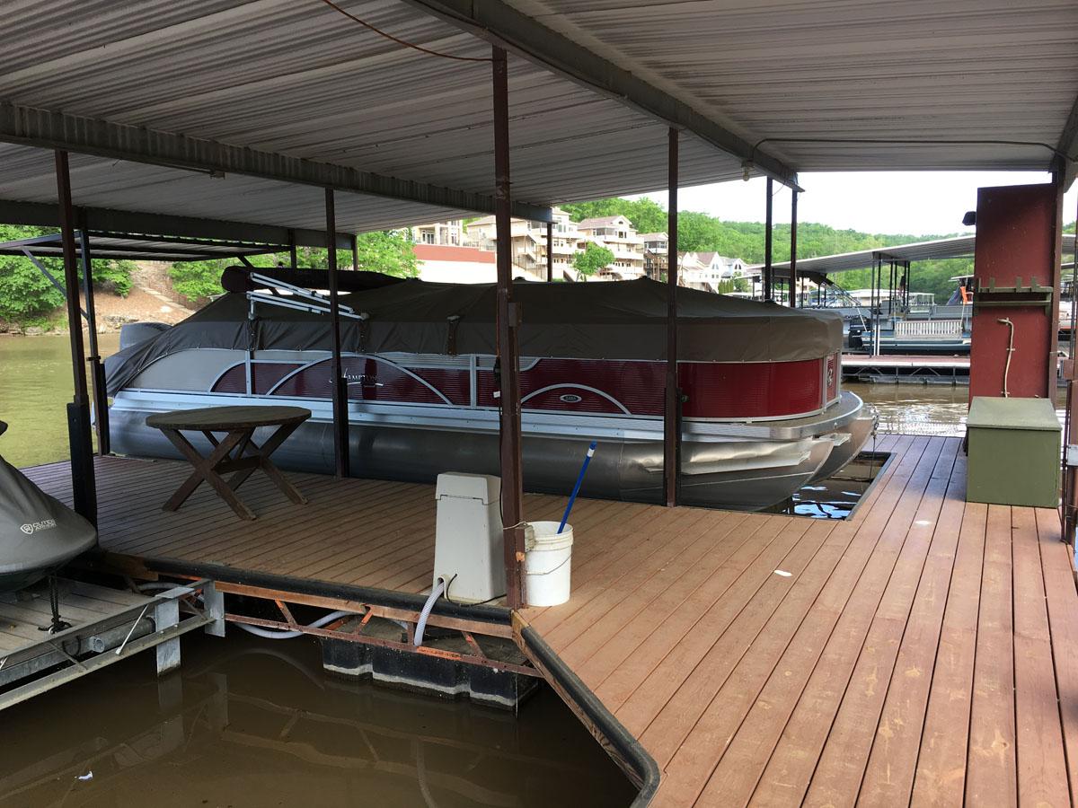 E dock-1