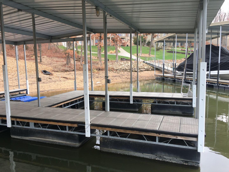 Dock works smi-11