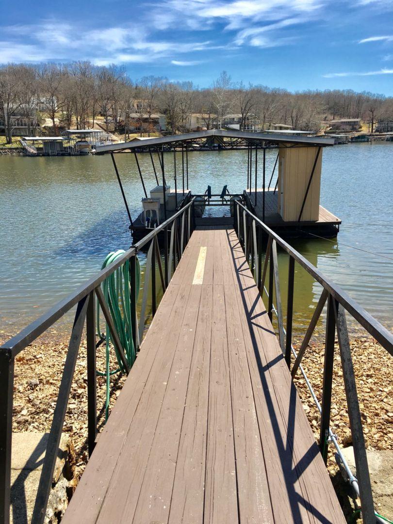 Rich dock-1