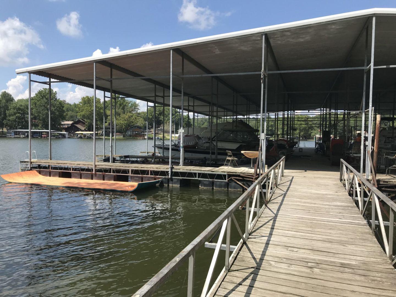 Dock 4-03