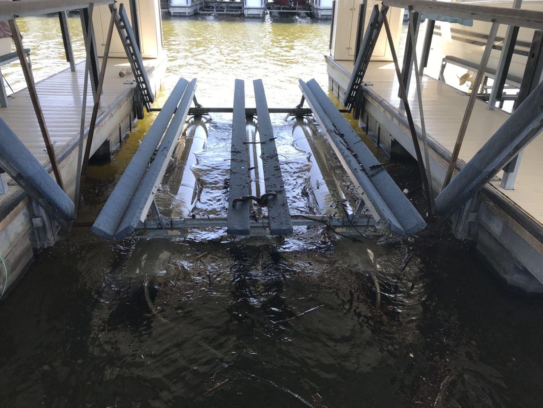 8000# Boat Floater-01